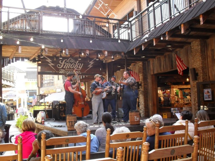 Live Bluegrass, These guys were great, we rocked and listened for over an hour. (it was a good spot to Sober up as well)