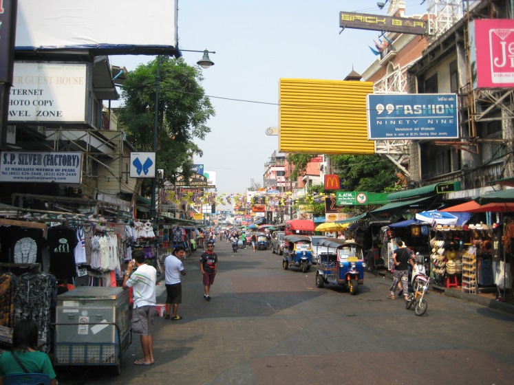 Khao San Road, famous for Western Backpapers